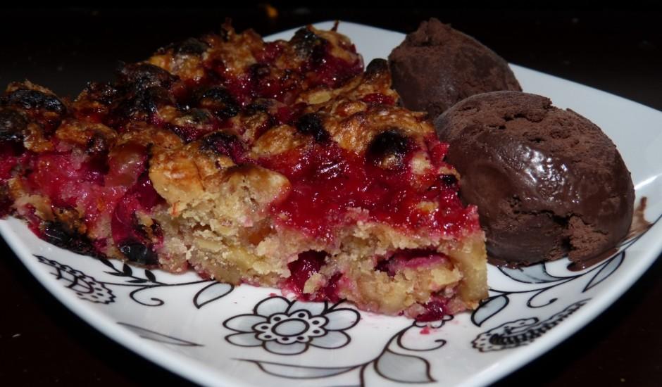 Dzērveņu - valriekstu kūka