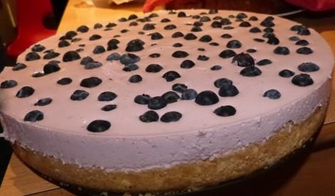 Melleņu siera - jogurta kūka