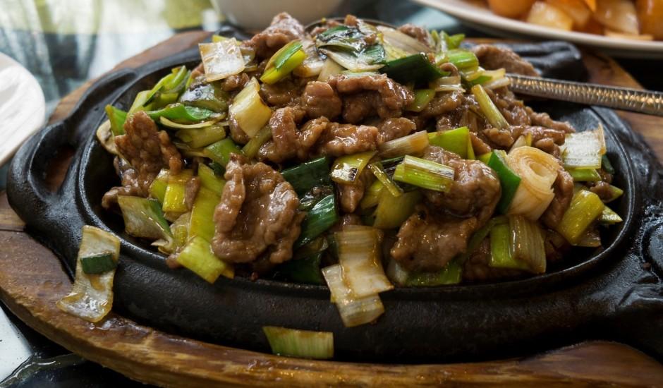 Liellopa gaļa ar puraviem