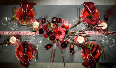 Noformē radoši 18. novembra svētku galdu