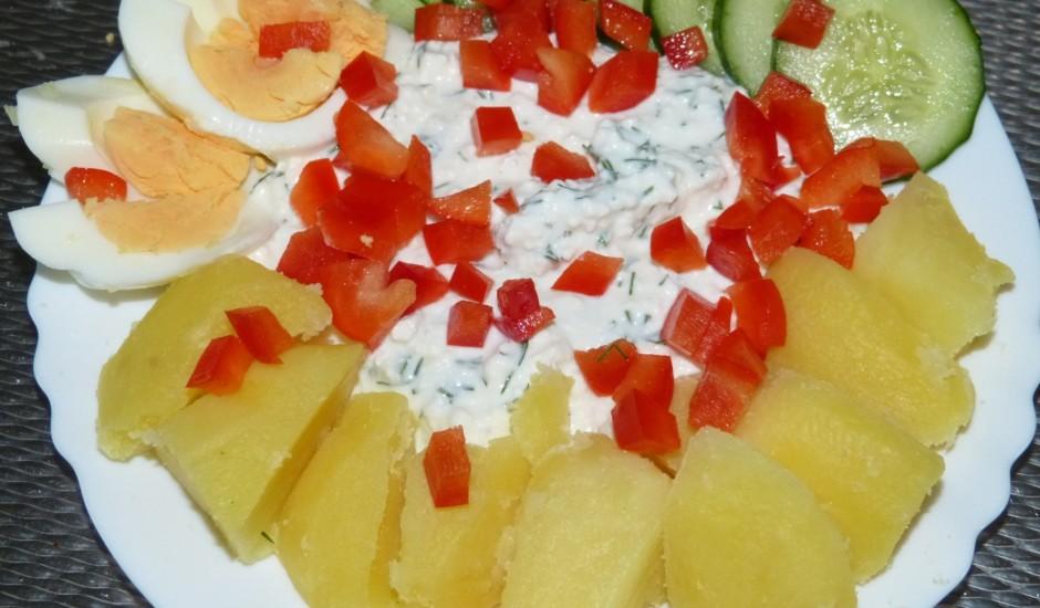 Kartupeļi ar biezpienu un olu