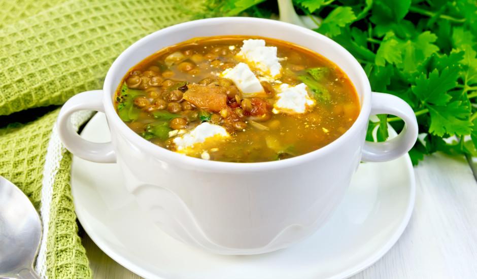 Grieķu nacionālā lēcu zupa