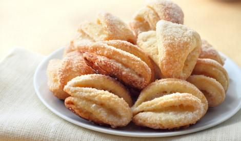 Pīrādziņi, piparkūkas un cepumi svētku galdam - 15 receptes!