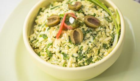 Siera salāti ar lociņiem un olīvām