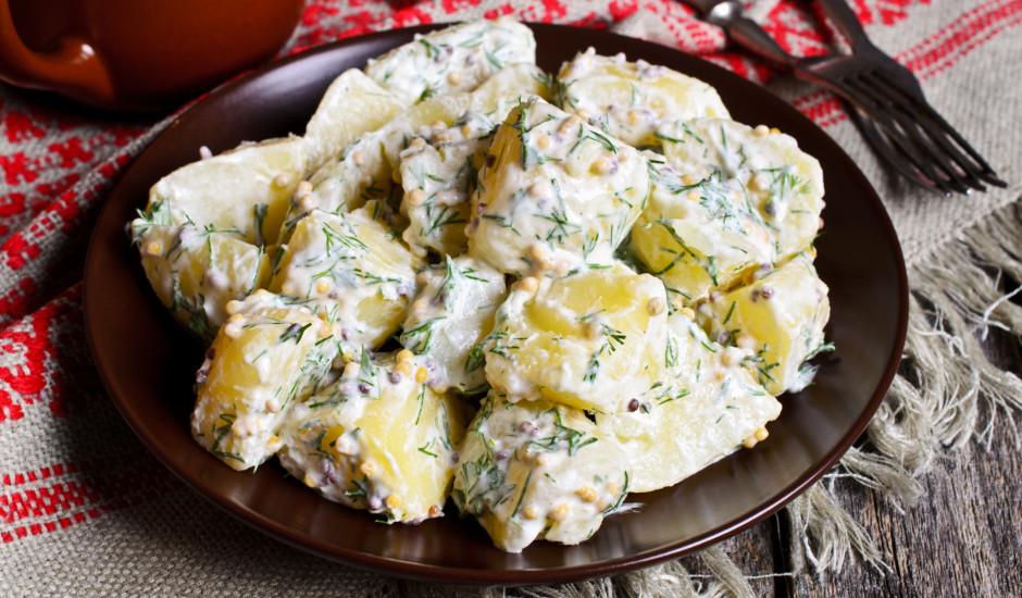 Vārīti kartupeļi ar sinepēm