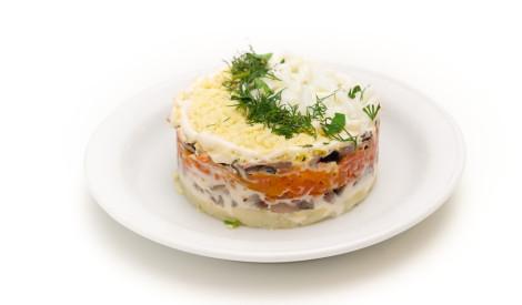 Kārtainie siļķes salāti