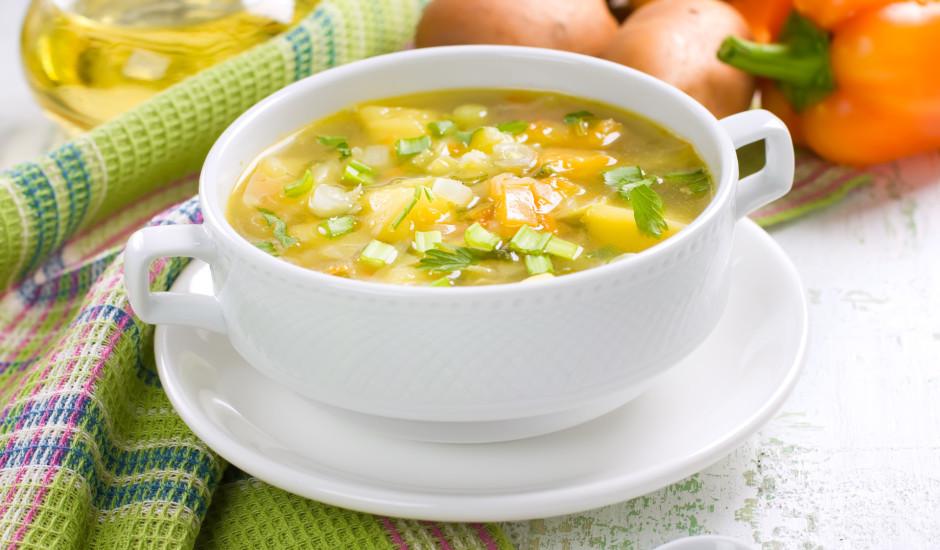 Vieglā dārzeņu zupa