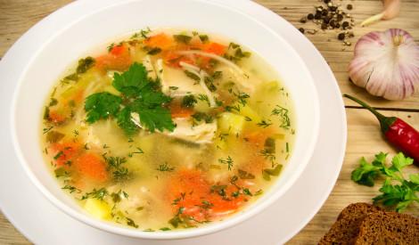 Broilera (vistas) gaļas zupa