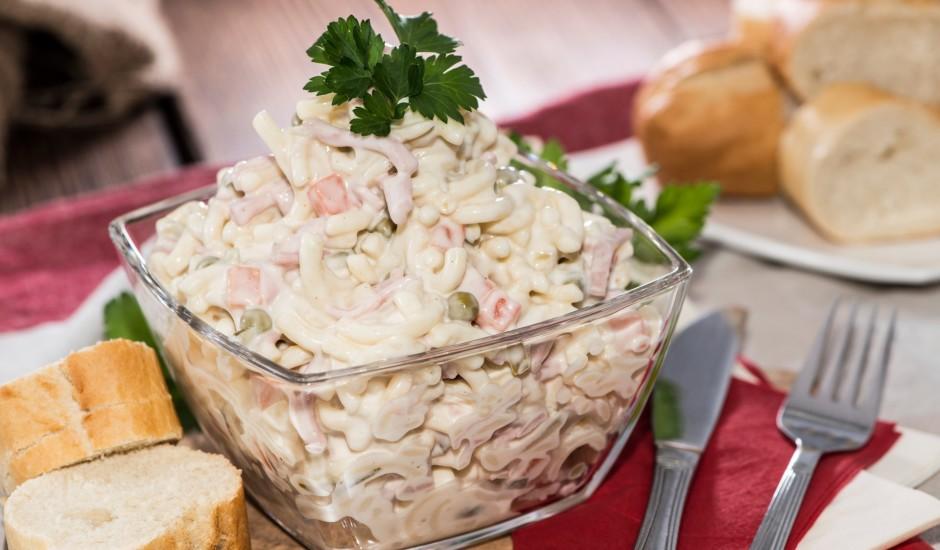 Makaronu salāti ar šķiņķi
