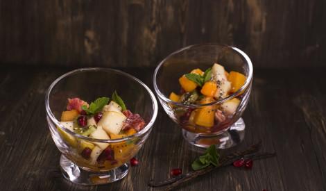 Raibie augļu salāti