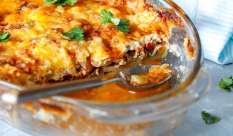 Maltās gaļas sacepums ar kartupeļiem un tomātiem