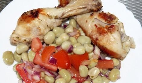 Vistas stilbiņi rozmarīnā ar pupu salātiem