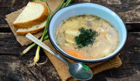 Uha - zivju zupa