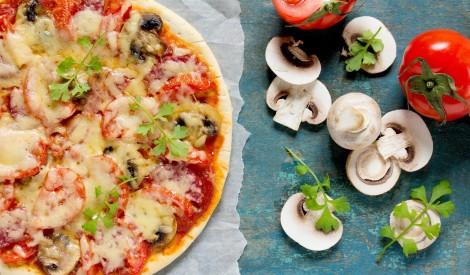 Pica ar tomātiem un sēnēm