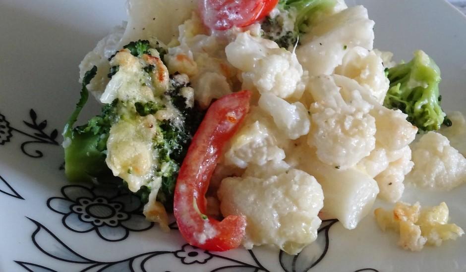 Ziedkāpostu un brokoļu sacepums
