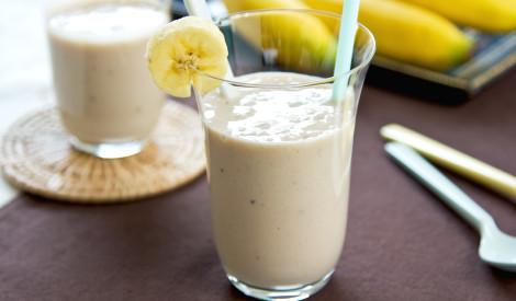 Biezais piena - banānu kokteilis