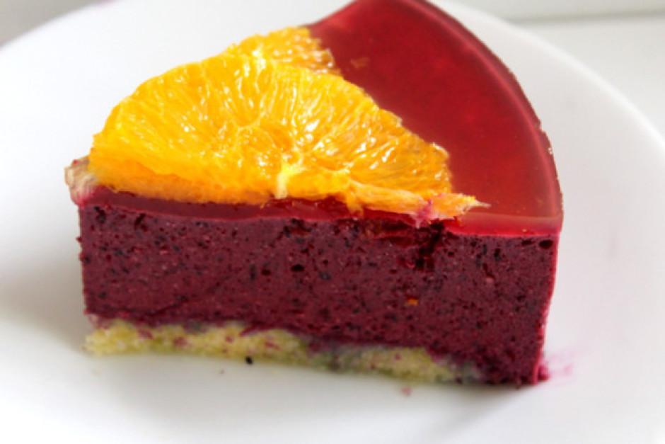 Kūku liek atpakaļ ledusskapī.  Lai labi garšo!