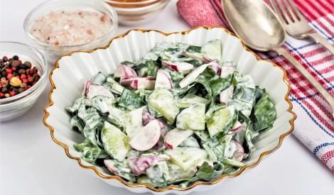 """Skābeņu salāti ar redīsiem un gurķiem """"Pavasara svaigums"""""""