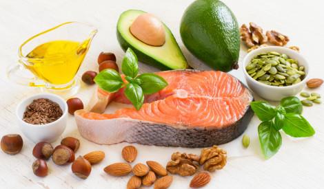 Vasara un diētas - neatsakies no labajiem taukiem uzturā