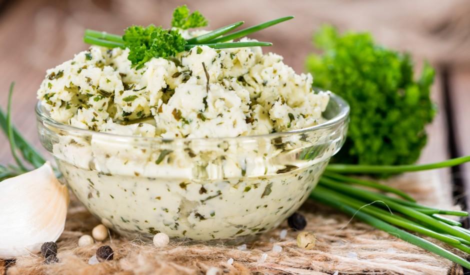 Aromātiskais zaļumu sviests