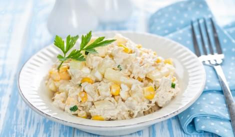 Vistas filejas salāti ar ananasiem un kukurūzu
