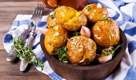 """Jaunie kartupeļi """"papillote"""""""