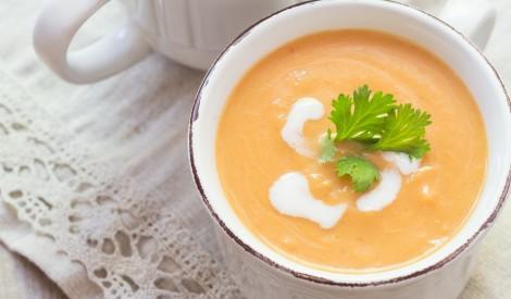 Piena ķirbju zupa ar mannu