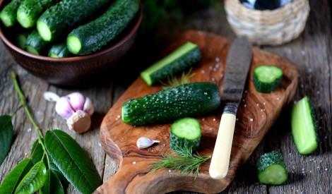 Kraukšķinām - 5 mazsālītu gurķu receptes