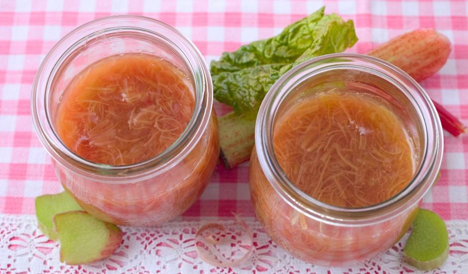 Rabarberu ievārījums ar apelsīna miziņu