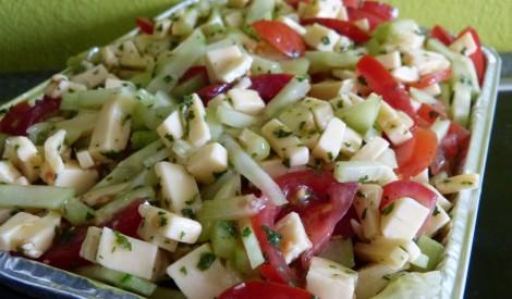 Siera salāti ar dārzeņiem