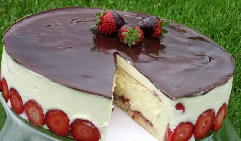 Zemeņu kūka fraisier