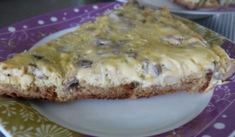 Omlete ar rupjmaizi un sieru..