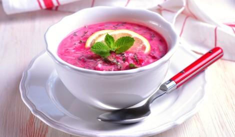 Sarkanā kefīra aukstā zupa
