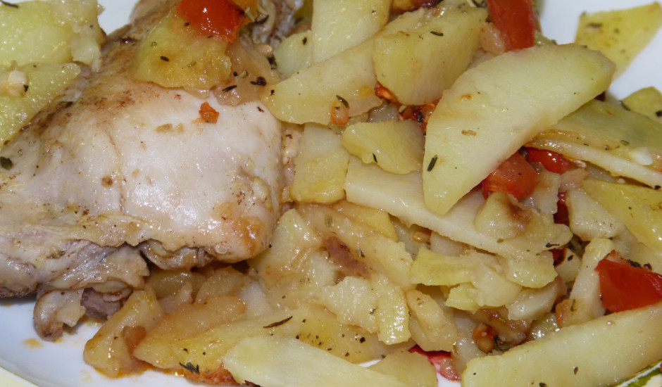 Vista ar kartupeļiem Vidusjūras stilā