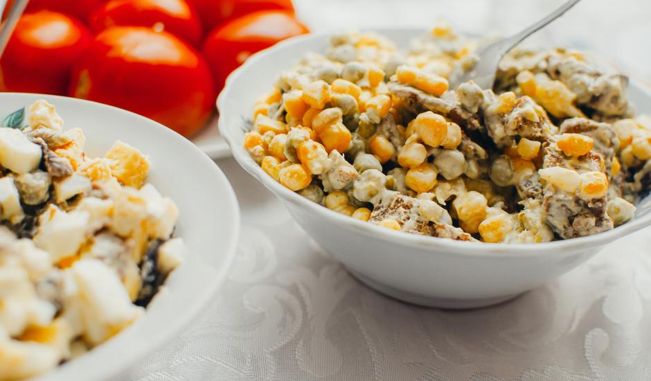 Grauzdiņu - kukurūzas salāti