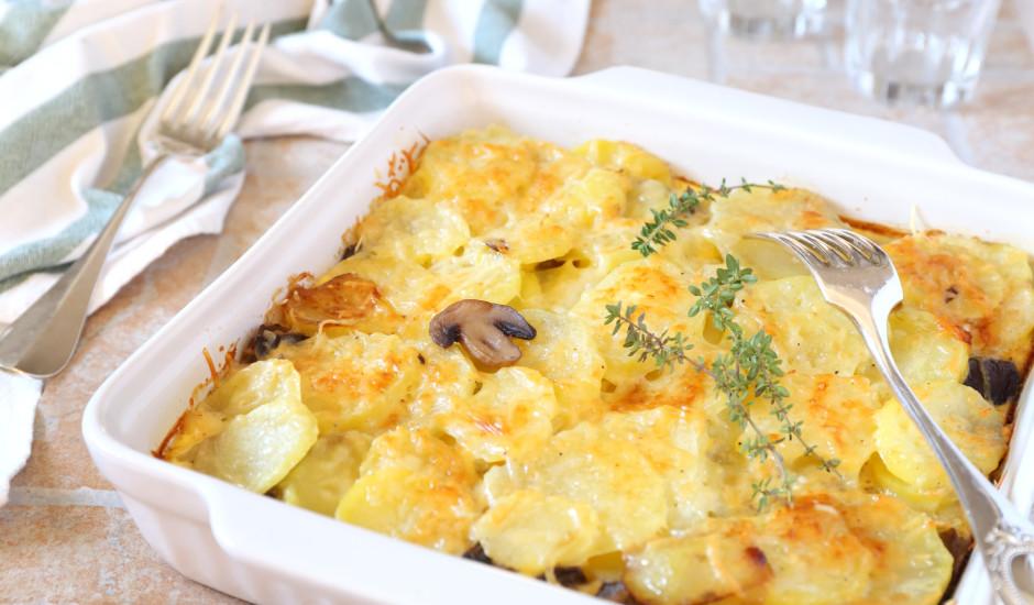 Šampinjonu un kartupeļu sacepums