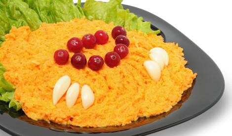 Burkānu salāti ar ķiploku garšu