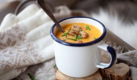 Ķirbja un saldo kartupeļu zupa ar kariju