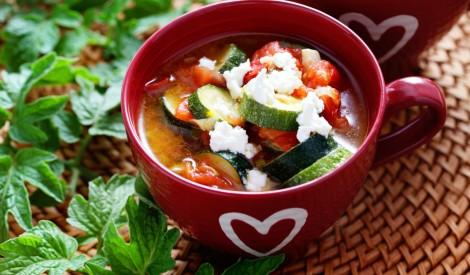 Cukini - tomātu zupa