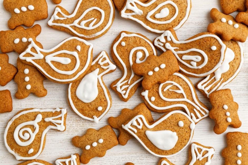 Dedzinātā cukura pagatavošana: ņem pāris ēdamkarotes cukura...