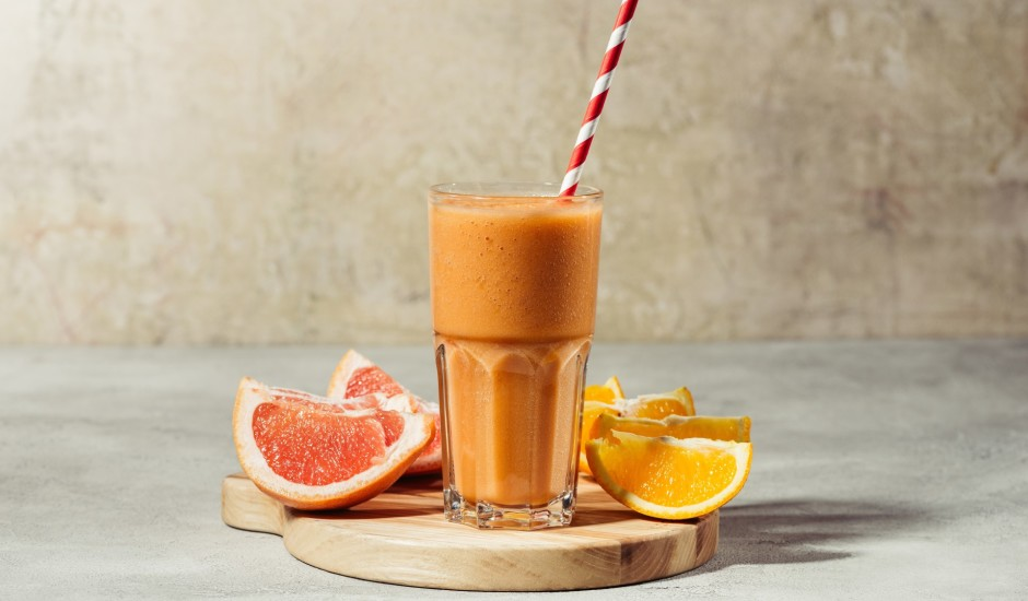 Apelsīnu un greipfrūtu sula ar medu