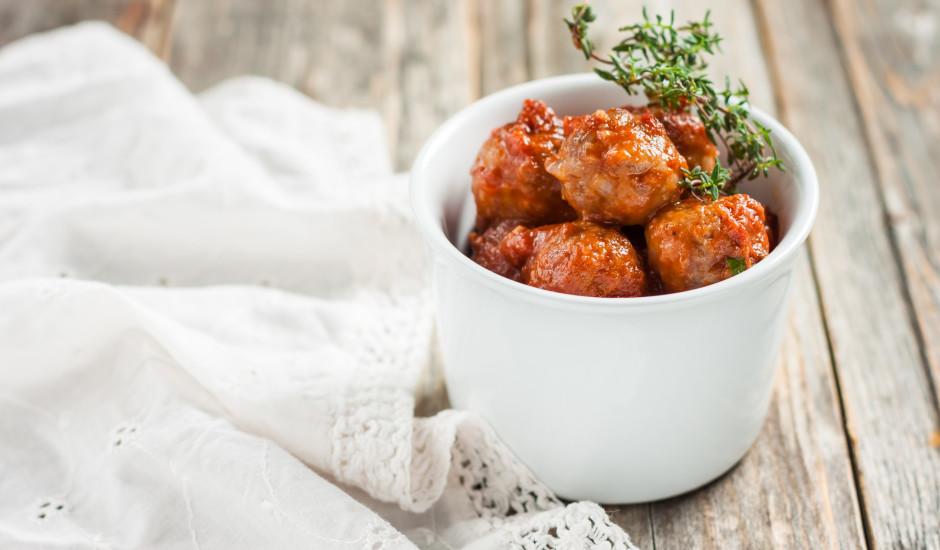 Receptes gaļas bumbiņu dienas svinēšanai. Lai garšīgi!