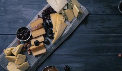 Latviskā siera plate