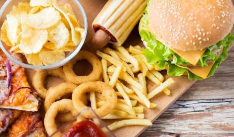 Īpaši apstrādāta pārtika: uzmanies, kārosies ēst vēl un vēl