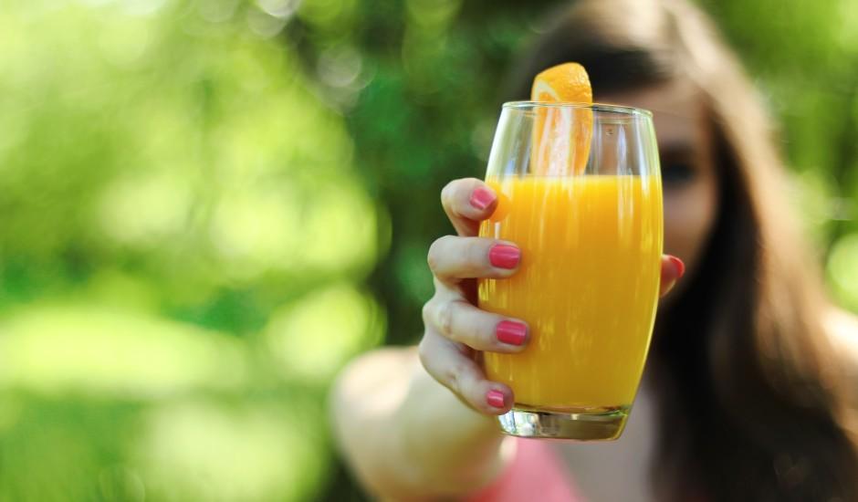 Augļu sulas: veselīgas vai tomēr nē? Atbild uztura speciāliste