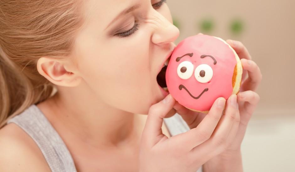 Kā apkarot vēlmi ēst saldumus?