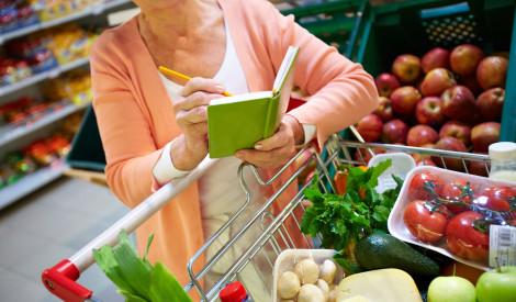 Kā iepirkties gudri un samazināt izmesto produktu daudzumu?