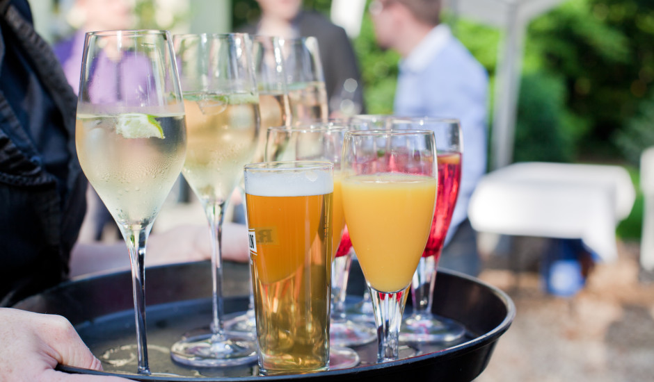 Alkoholiskie dzērieni ar zemu kaloriju apjomu. Tādi ir, lūk, TOP 5