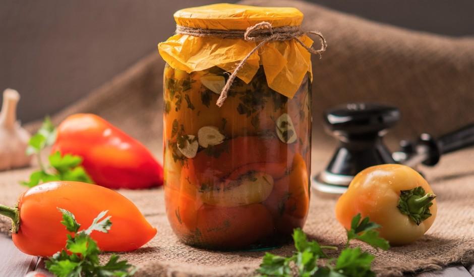 Paprikas deja: marinādes un salātu receptes konservēšanai