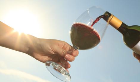 Diēta apvienojumā ar vīnu un šampanieti? Iespējams!